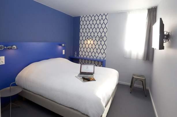 Familien-Zimmer COTO HOTEL Beaune · Billiges Hotel in Beaune